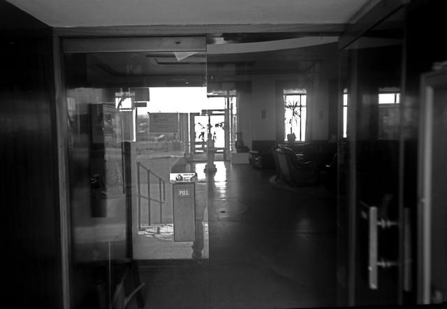 midland_hotel-front-door