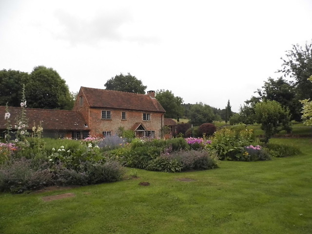 cottage garden2