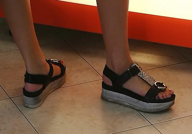 Street feet (677)