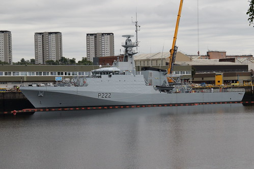 HMS Forth P222, River Clyde, Glasgow | by Paul Emma