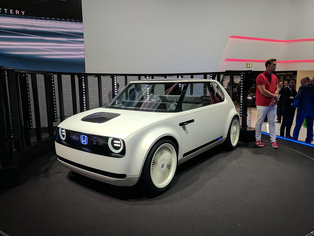 Honda EV Future Model Concept White (IAA)