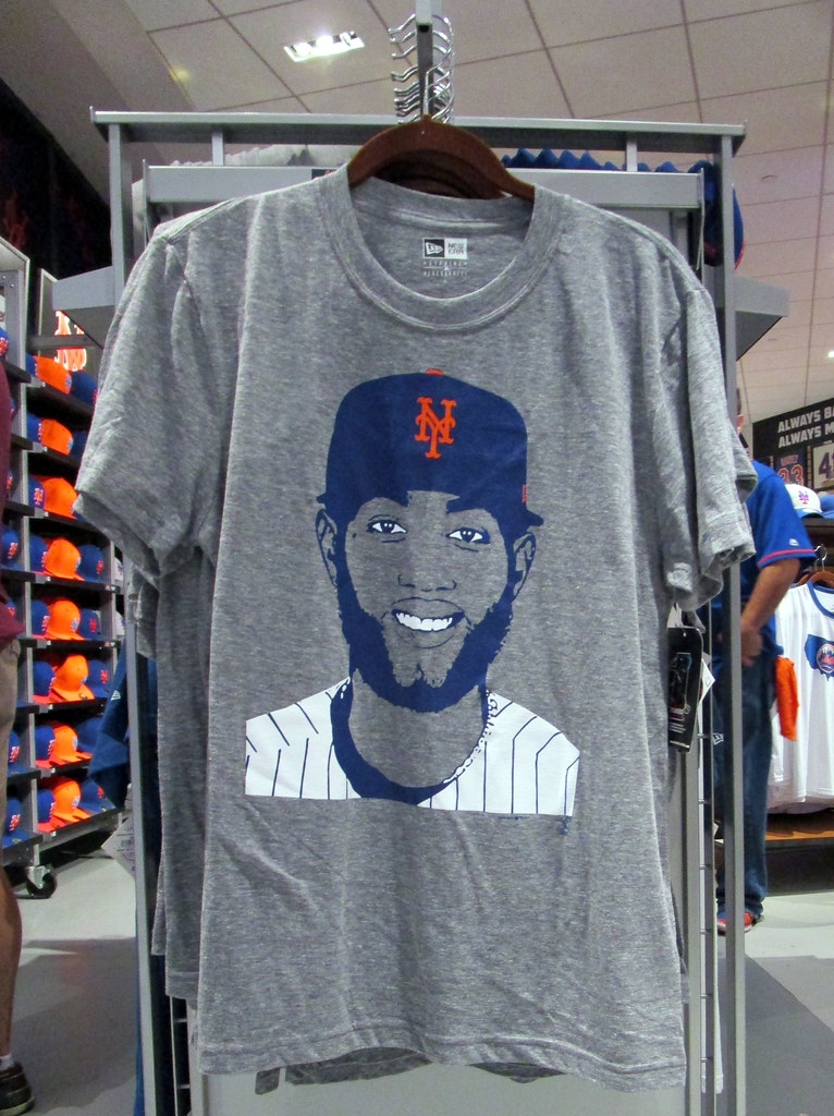 the latest 146c9 0d073 Mets Team Store at Citi Field, 08/17/17: Amed Rosario t-sh ...