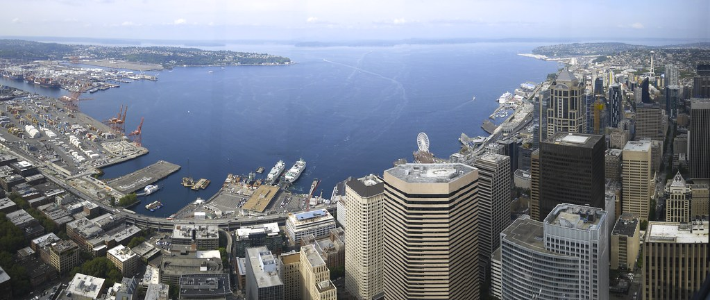 Panorama of the Seattle waterfront and skyline from the ob