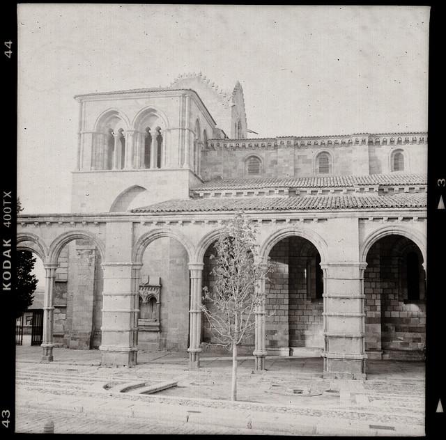 Basílica de San Vicente - Avila - Rolleiflex 3.5