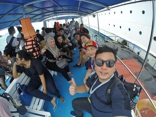 Cruise   by Eazy Izzuddin