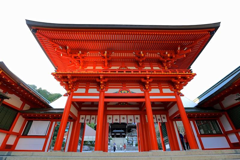 Rōmon (楼門)
