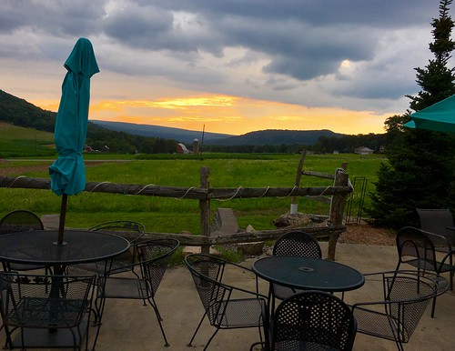 mchenry maryland garrettco restaurants mountainstatebreweryco mountains fields sunsets tables chairs umbrellas hff