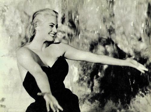 Anita Ekberg in La Dolce Vita (1960)