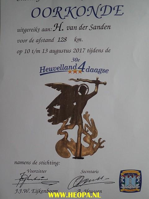 2017-08-13  4e dag    Berg & Terblijt  28 Km  (196)