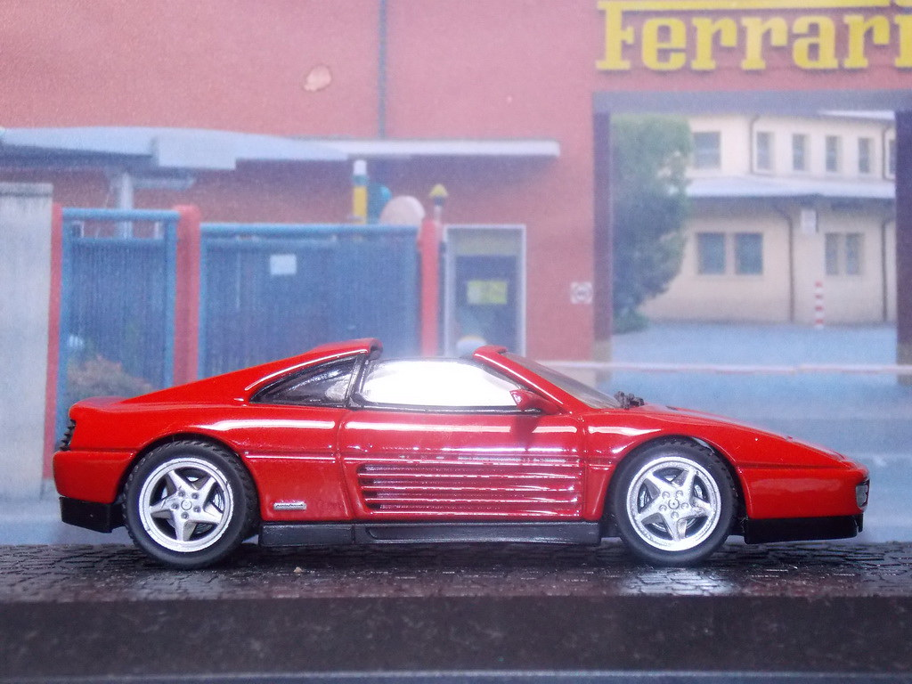 Ferrari 348 TS – 1989