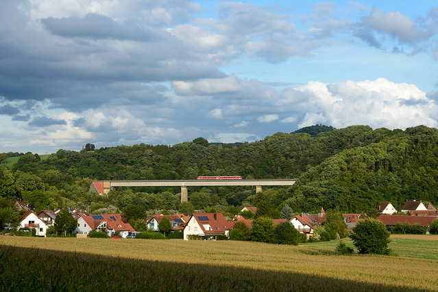 RB Schwäbisch Hall-Öhringen auf dem Tullauer Viadukt