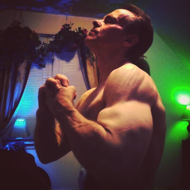 No Regrets 💥  #aesthetic  #trainhardandsmart  #trainharder  #pumpchasers  #profitness  #wbff  #ifbb #instafitnesss  #allkindsofgains  #shreddedlifestyle  #thefitlife  #traps  #muscle  #muscles  #body  #fitness  #healthyfood  #npcbodybuilding  #f