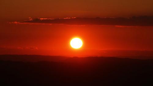 sunset sun france savoie mountain soleil coucherdesoleil
