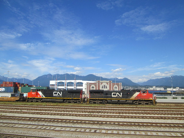 CN 2627 and 2591 at Ballantine Pier