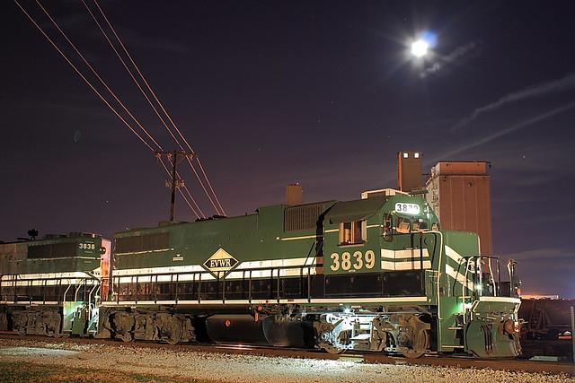 Evansville & Western EVWR 3839 (GP38-2) Mt.Vernon, Indiana