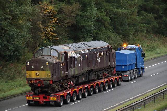 37214 on M74 near Hamilton, Glasgow