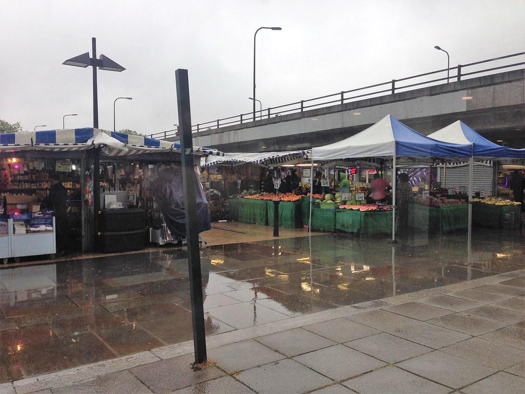 Outdoor market at The Centre, Milton Keynes