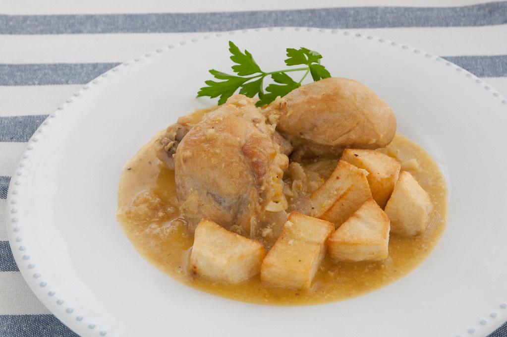 Pollo En Pepitoria Como Hacer Pollo O Gallina En Pepitoria Flickr