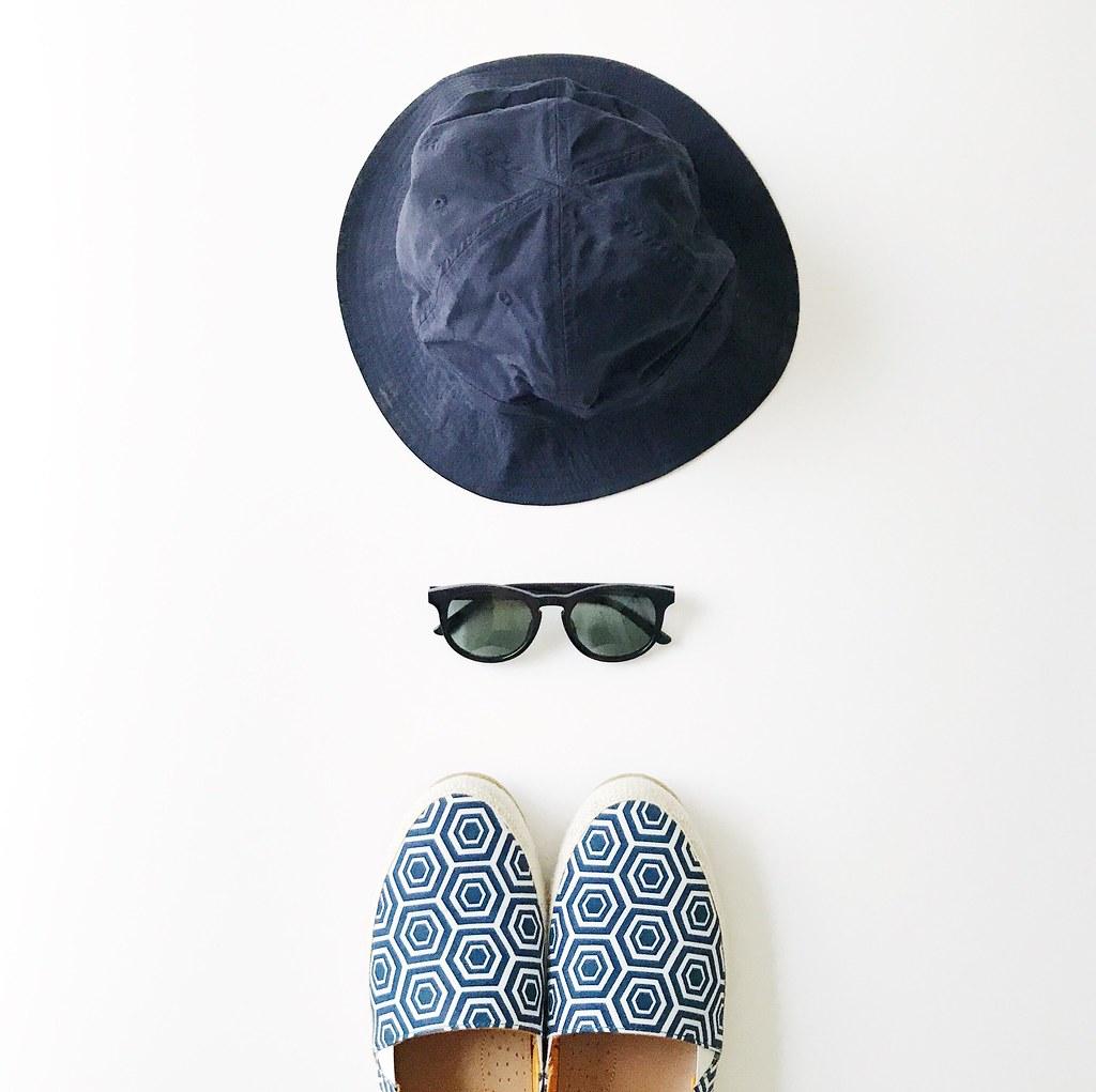 foto de Andrew Hong | Kent Wang navy keyhole sunglasses (50mm) | Kent Wang ...