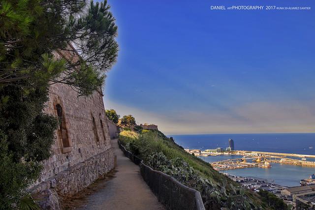Sendero en el Castillo de Montjuic