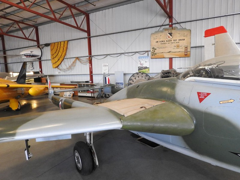 De Havilland Vampire FB.6 6