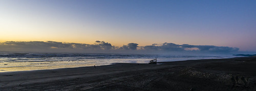 beach sand ocean sunset pacific oregon clatsop fortstevens peteriredale graveyardofthepacific wreck shipwreck dusk