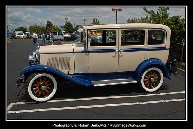 Car Show, Airport Plaza, Farmingdale, NY - 07/20/14
