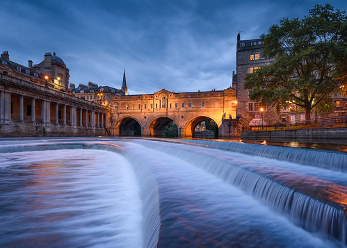 bath somerset pulteney weir bridge river avon sunset blue hour nikon d750 1635 leefilters stu meech