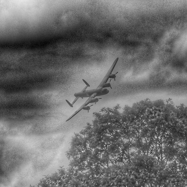 Lancaster Bomber at Croft