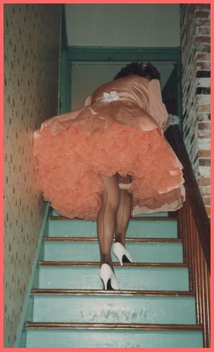 seams heels petticoats poofie bouffant upskirt peachy