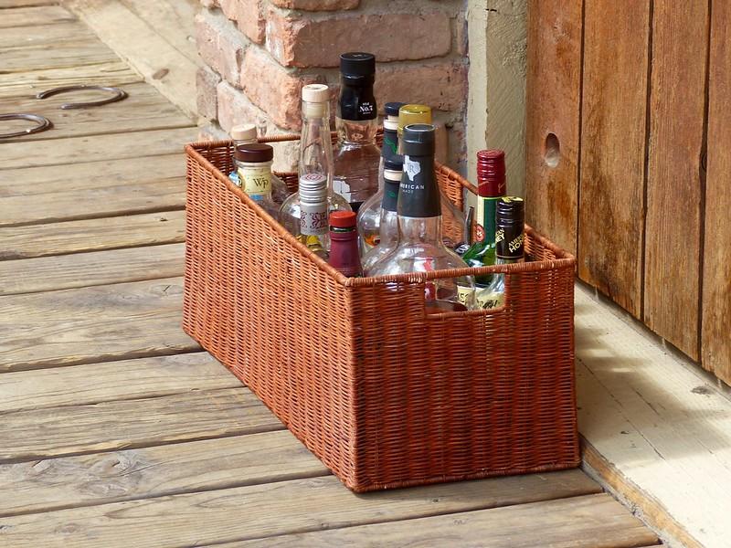 A liquid picnic