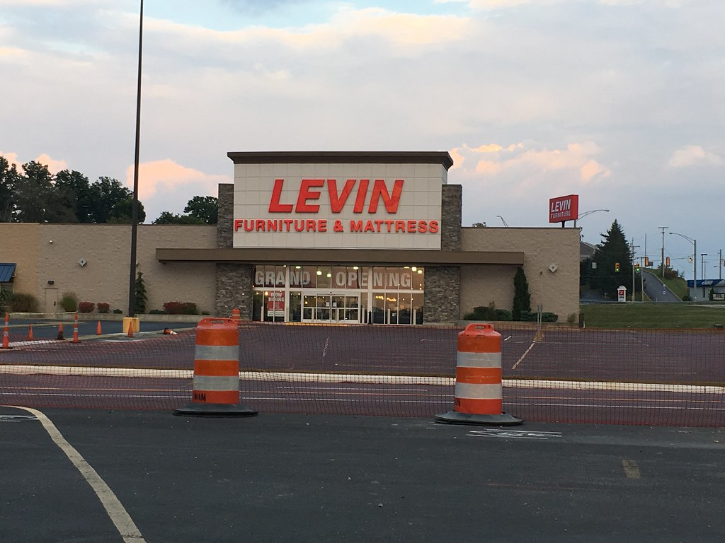 Levin Furniture St Clairsville Oh Former Hh Gregg Locati Flickr