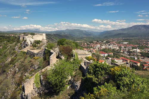 sky clouds blue green landscape outdoor nopeople cityscape old fortress stone hills travel knin croatia europe nikon nikond750 nikkor283003556 gazzda hrvojesimich