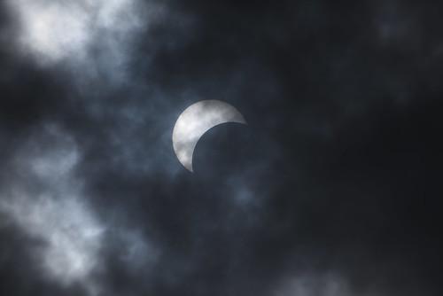 arloguthrie nikond810 200500mmf56 eclipse theberkshires nikonafsfxtc14eiii14xteleconverterlens moon