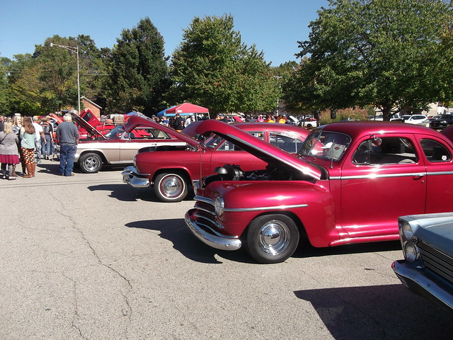 General view of the car show