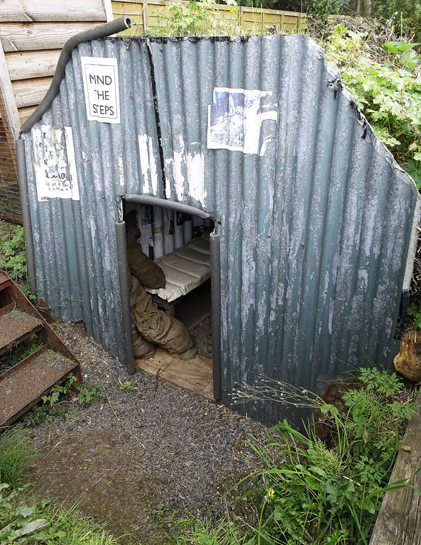 D17473. Anderson Shelter. | D17473. A World War 2 Anderson B… | Flickr