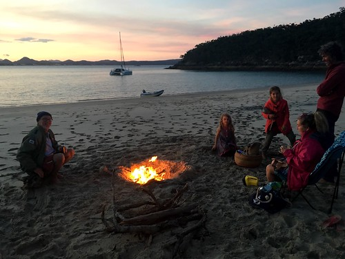 Campfire on the beach with the crew of 'Eagles Wings'. | by miaow
