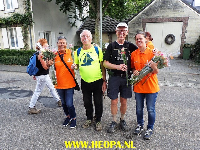 2017-08-13  4e dag    Berg & Terblijt  28 Km  (180)