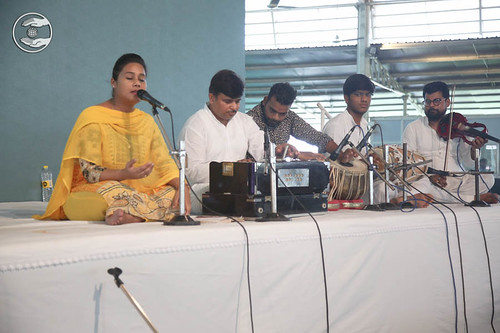 Devotional song by Paramjit Kaur