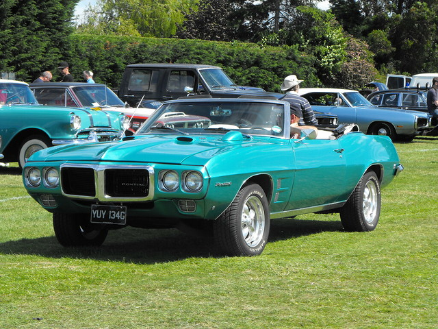 Pontiac Firebird - YUY 134G