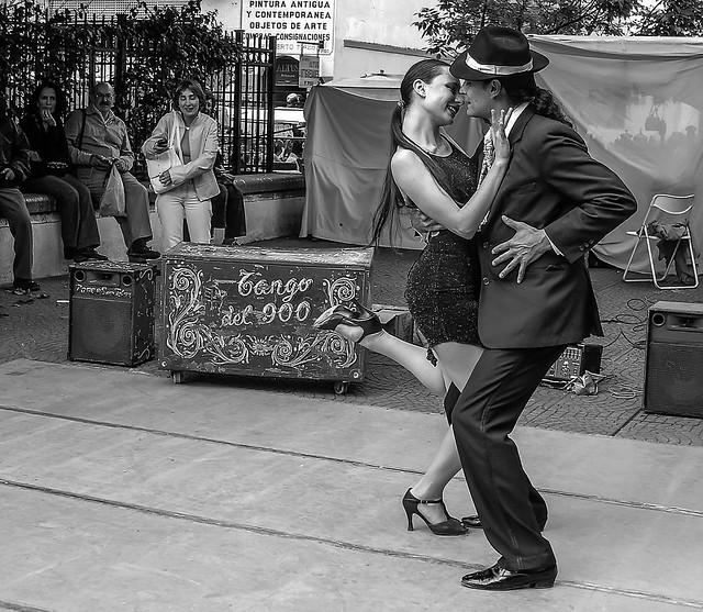 El tango a Caminito (Noviembre 2004,Buenos Aires,Argentina)
