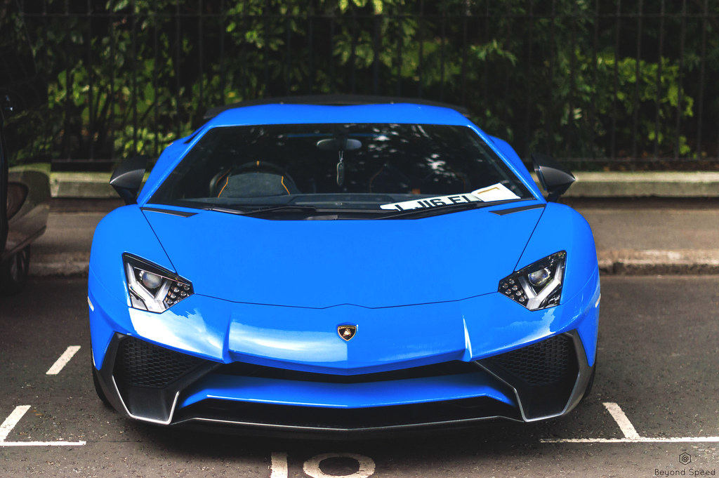 Feeling Blue Changed The Colour On This Lamborghini Aventa Flickr