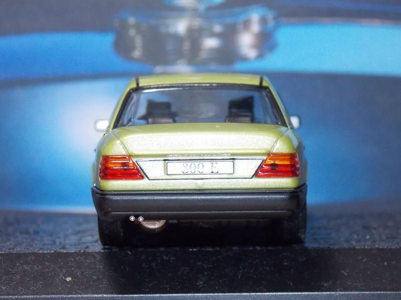 Mercedes Benz 300E – 1984