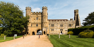 Battle Abbey Gatehouse | by Keith now in Wiltshire