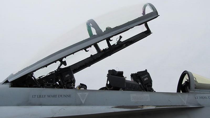 Boeing F-18 F Super Hornet 3