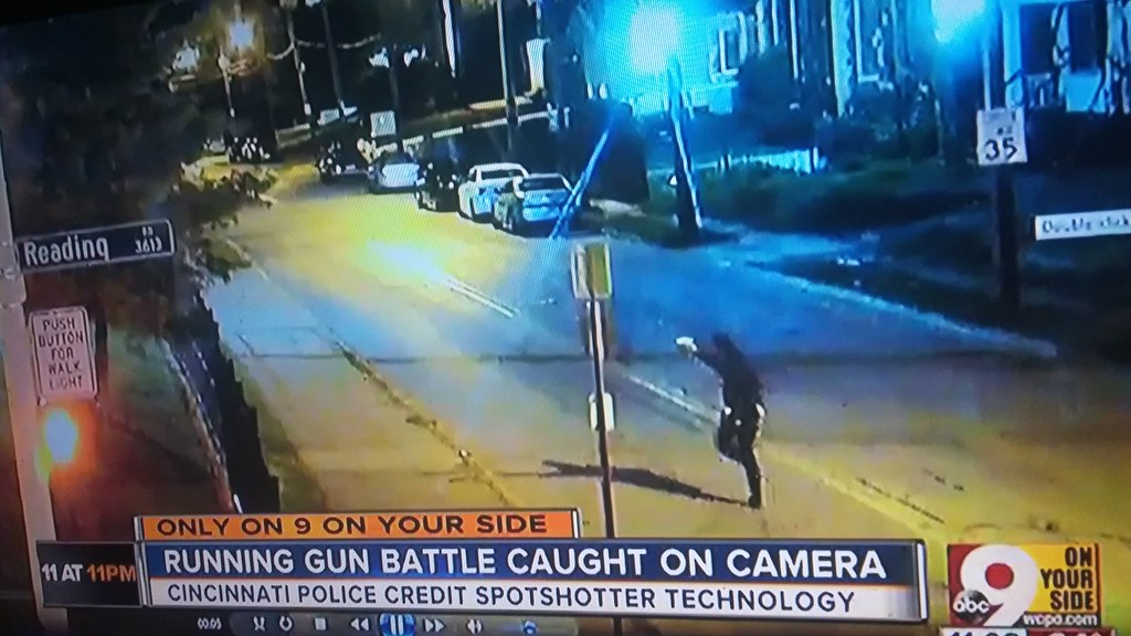 Cincinnati ohio avondale reading road running gun battle shots fired 2017