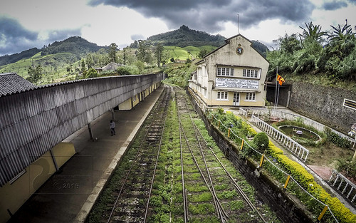 railroad travel vacation train countryside srilanka 2015 centralprovince gopro nanuoya hero4 anthonysanpedro amsanpedro amsanpedroyahoocom anthonymsanpedro goprohero4 april2015