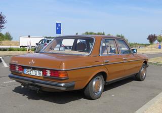 1981 Mercedes 200D W123 | by Spottedlaurel