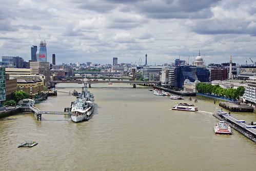 blick von der tower bridge london towerbridgelondon towerbridgei towerbridge view from