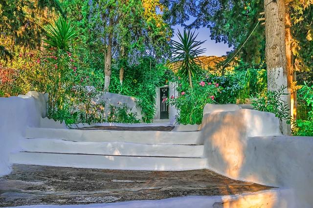 A Beautiful  Garden's Entrance